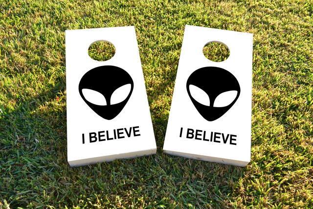 Aliens - I believe Themed Custom Cornhole Board Design